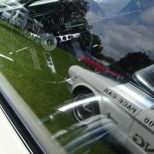 '66 GT insde