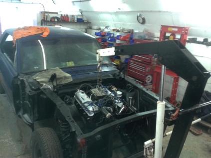 engine fitting