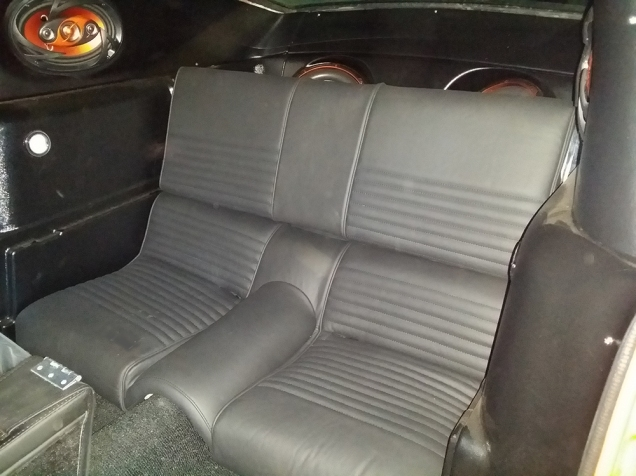Rear seats in place