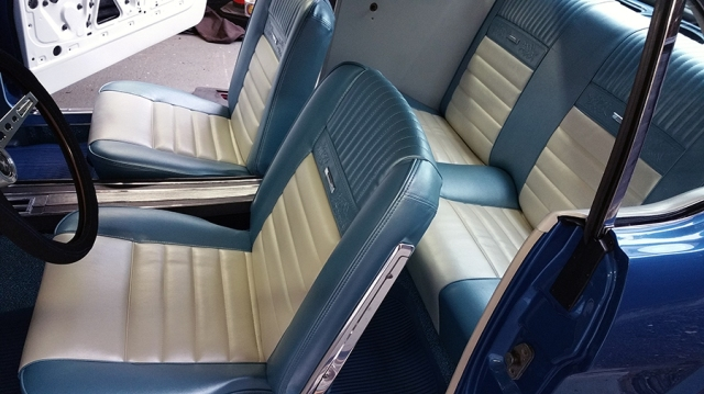 seats26