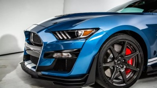 2020-ford-shelby-mustang-gt500-5